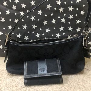 Black coach purse in excellent condition